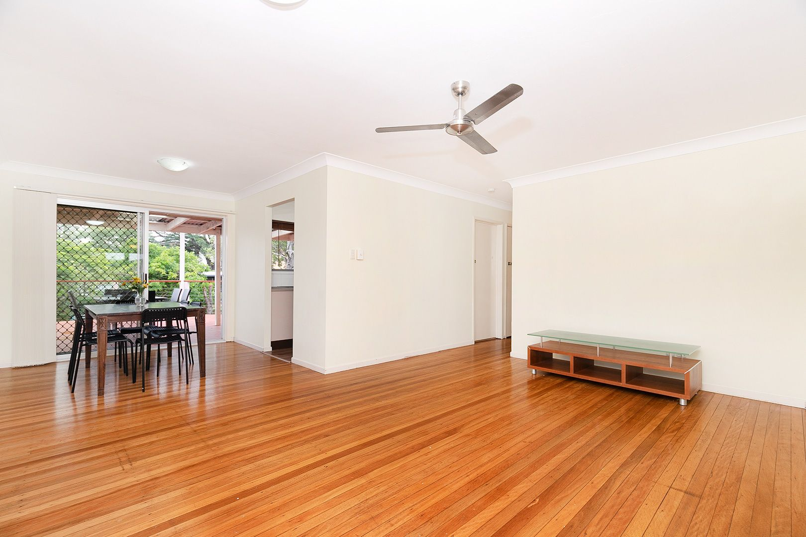 30 Pacific Street, Chermside West QLD 4032, Image 2