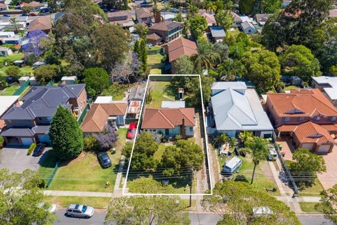 Picture of 22 Cheatle Street, EAST HILLS NSW 2213