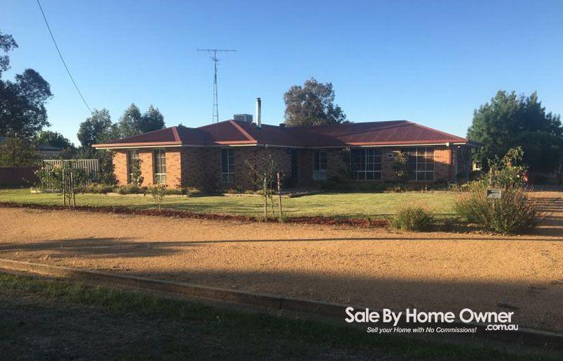17 Brookong Street, Lockhart NSW 2656, Image 0