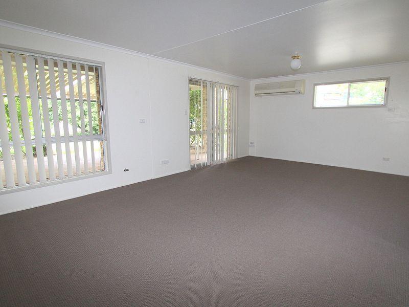7 Gibson Grove, Emerald QLD 4720, Image 1
