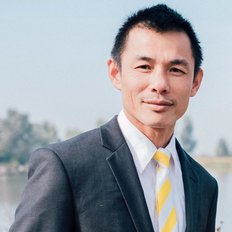 Minh Tran, Sales Executive