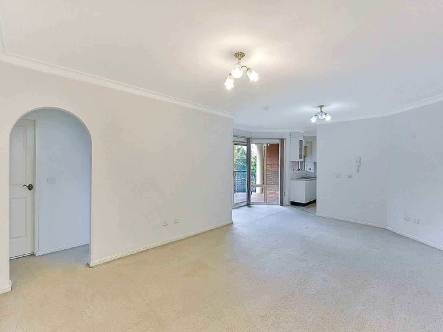 7/6-10 May Street, Hornsby NSW 2077, Image 2