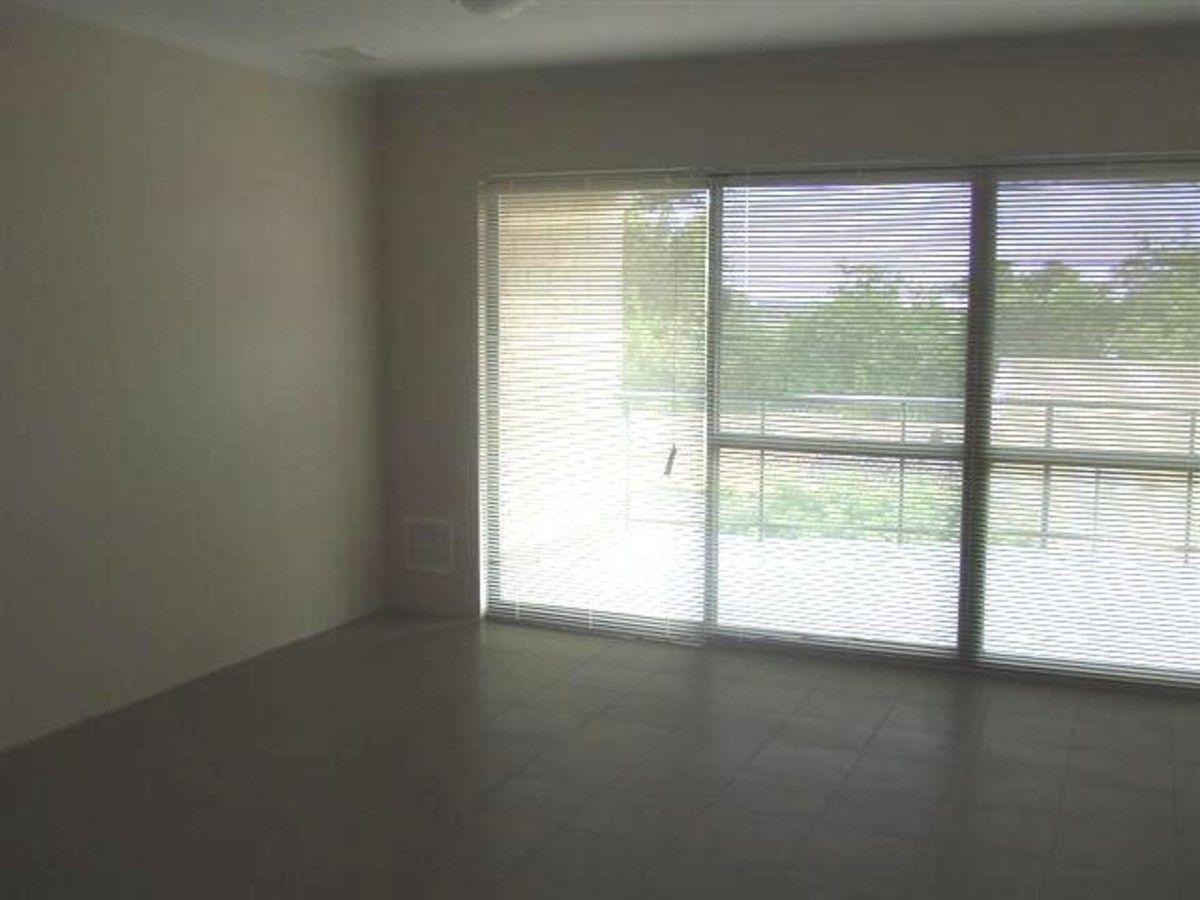 4/27 Cooper Street, Mandurah WA 6210, Image 2