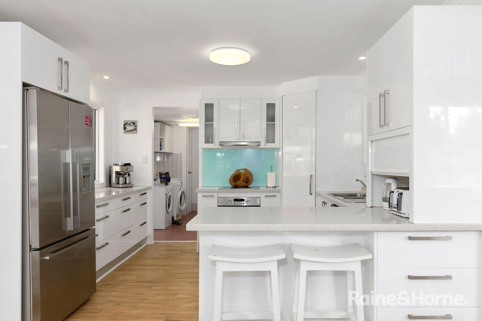 17 Oleander Avenue, Bogangar NSW 2488, Image 2