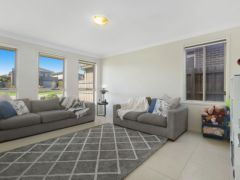 19 Kimberley Drive, Edmondson Park NSW 2174, Image 0