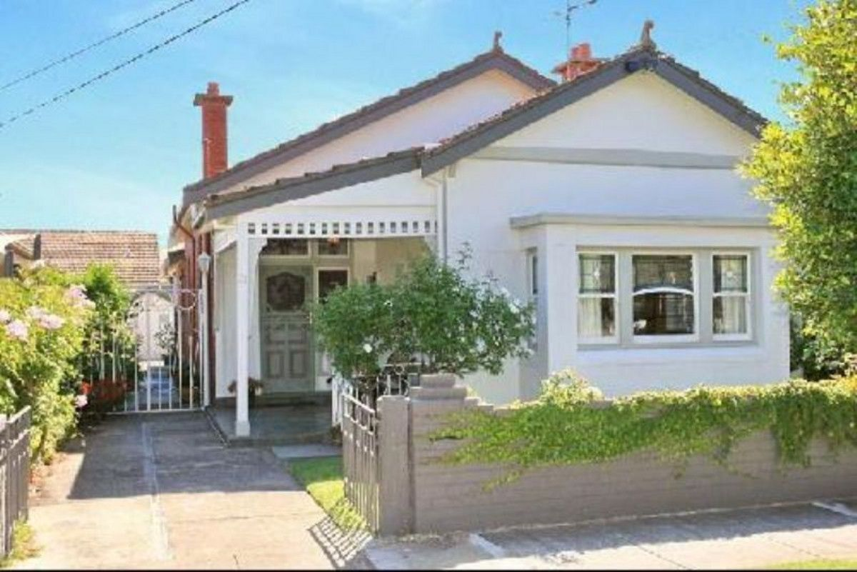 21 Holland, Caulfield North VIC 3161, Image 0