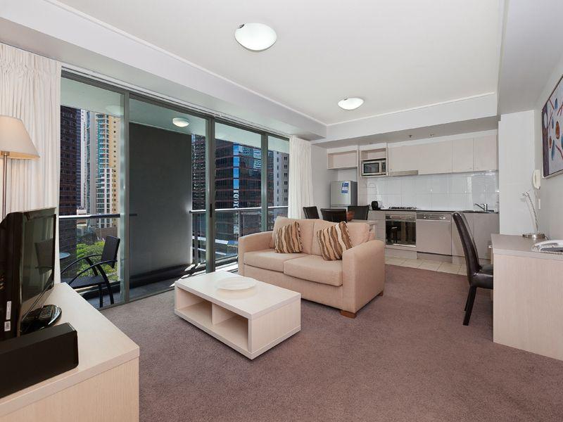 26 Felix Street, Brisbane City QLD 4000, Image 2
