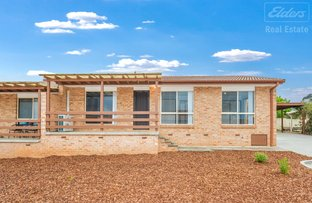 Picture of 3/2 Lazarus Crescent, Queanbeyan West NSW 2620