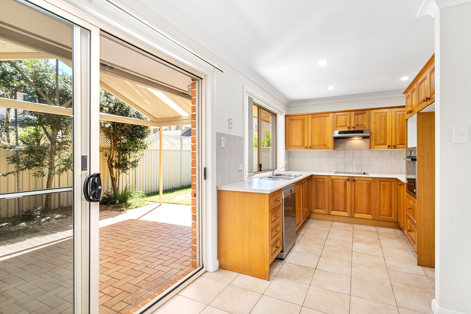 3/843 Henry Lawson Drive, Picnic Point NSW 2213, Image 0