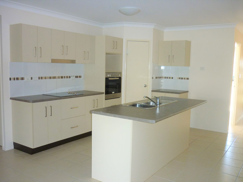 44 Blue Wren Drive, Kelso QLD 4815, Image 1