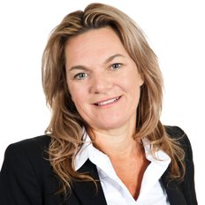 Tash Welburn, Sales Associate