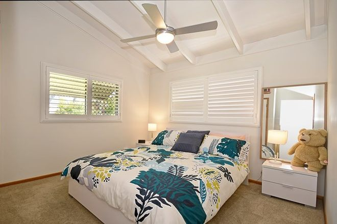Picture of 1/5 Kenewin Avenue, MAROOCHYDORE QLD 4558