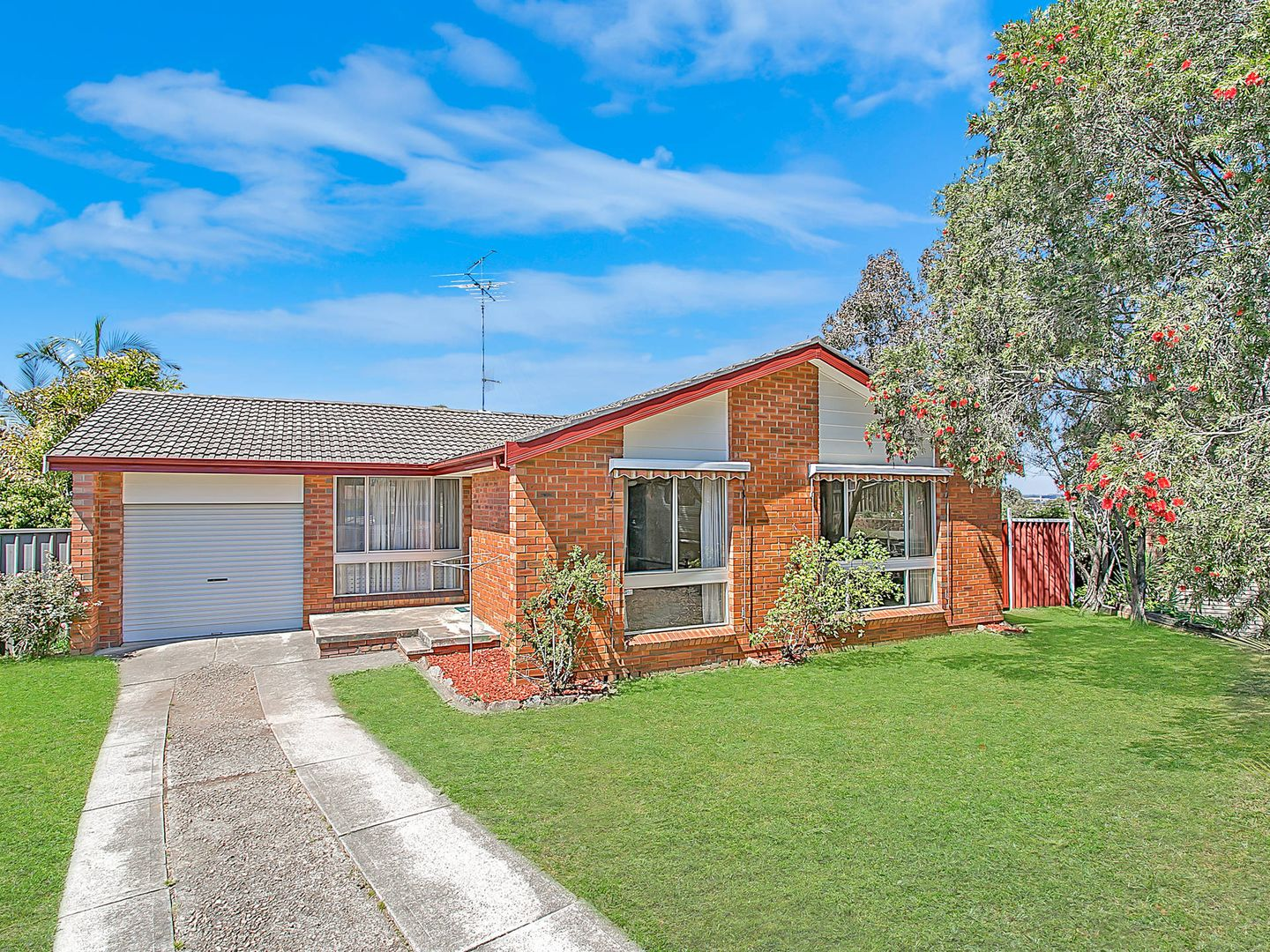 13 Curtis Place, Kings Park NSW 2148, Image 0