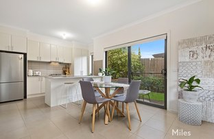 Picture of 2/25 Falcon Road, Macleod VIC 3085
