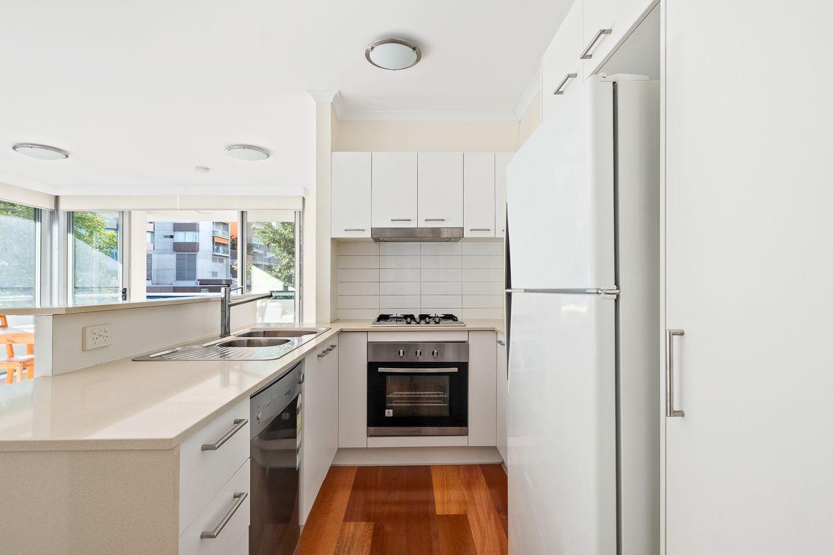 10/40 Ramsgate Street, Kelvin Grove QLD 4059, Image 2