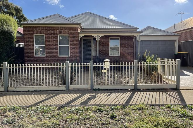 Picture of 28 Scarvell Crescent, CAROLINE SPRINGS VIC 3023