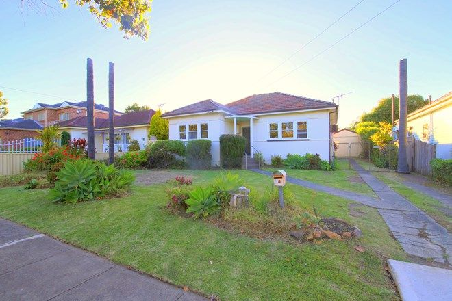 Picture of 14 Winspear Avenue, BANKSTOWN NSW 2200
