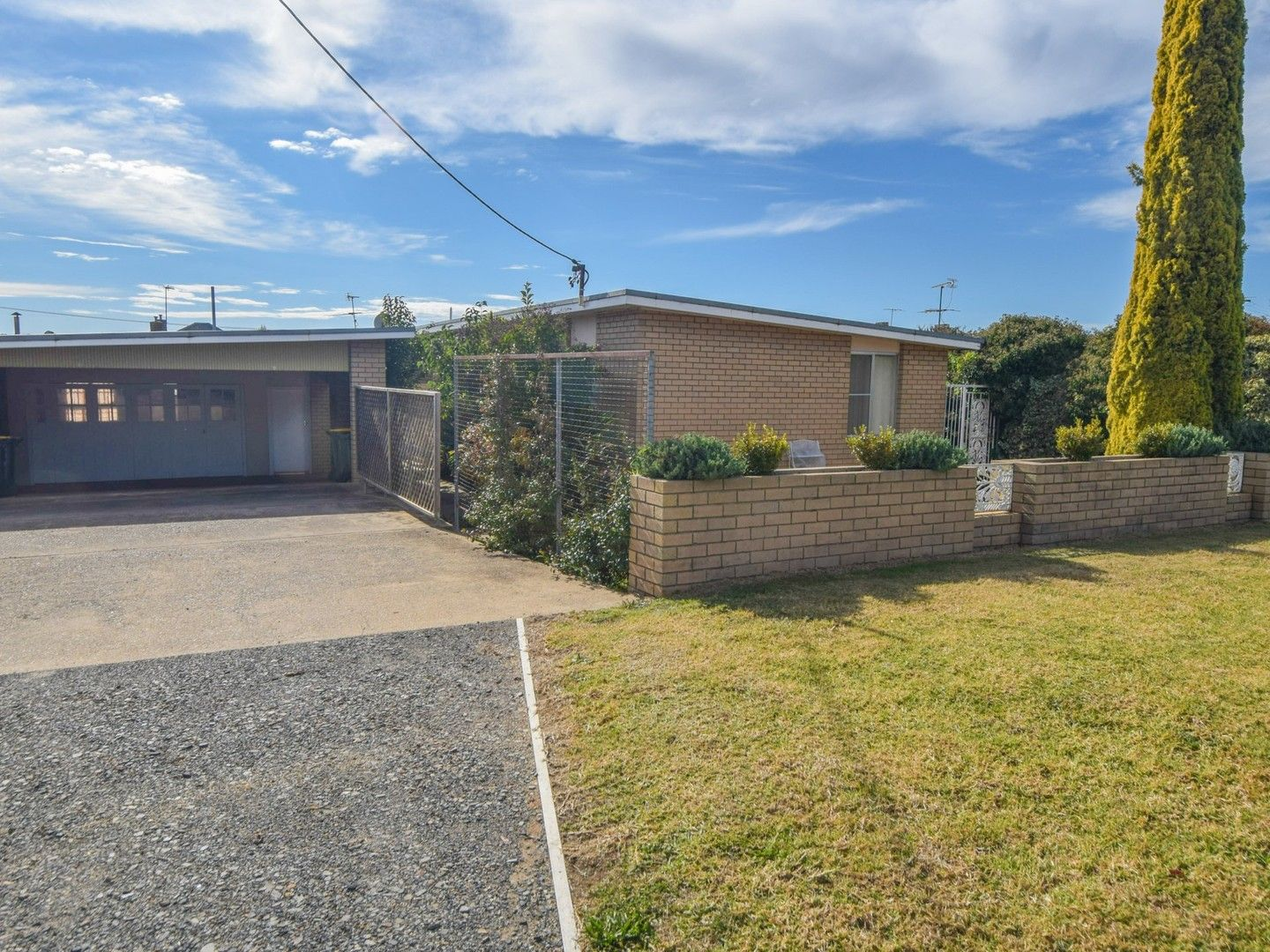6 Spring Street, Young NSW 2594, Image 0