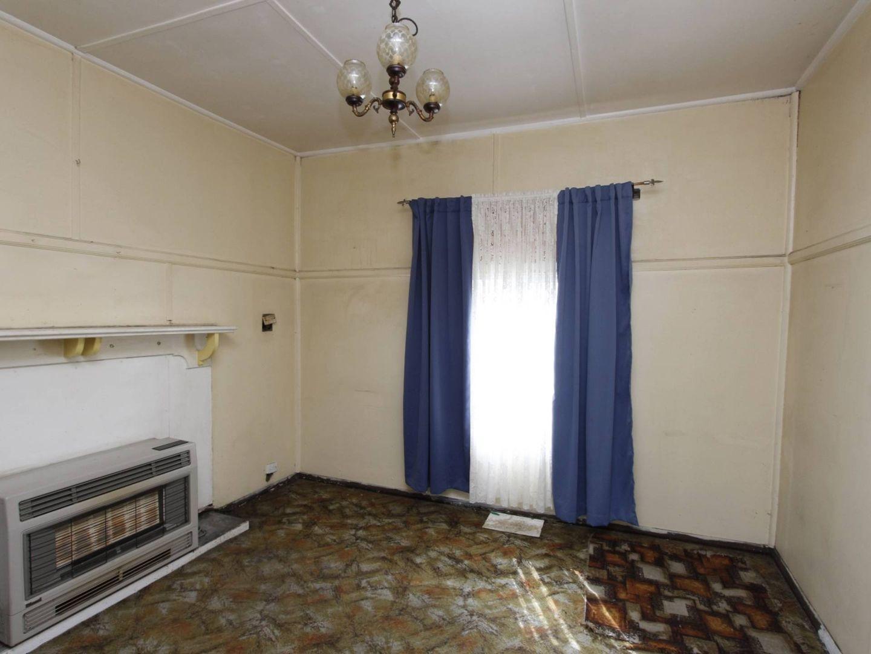 8 Mills Street, Lithgow NSW 2790, Image 2