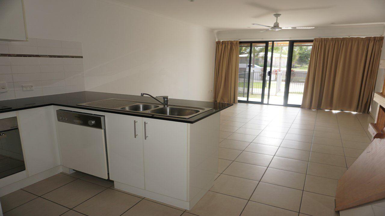 6/74A Powell Street, Bowen QLD 4805, Image 2