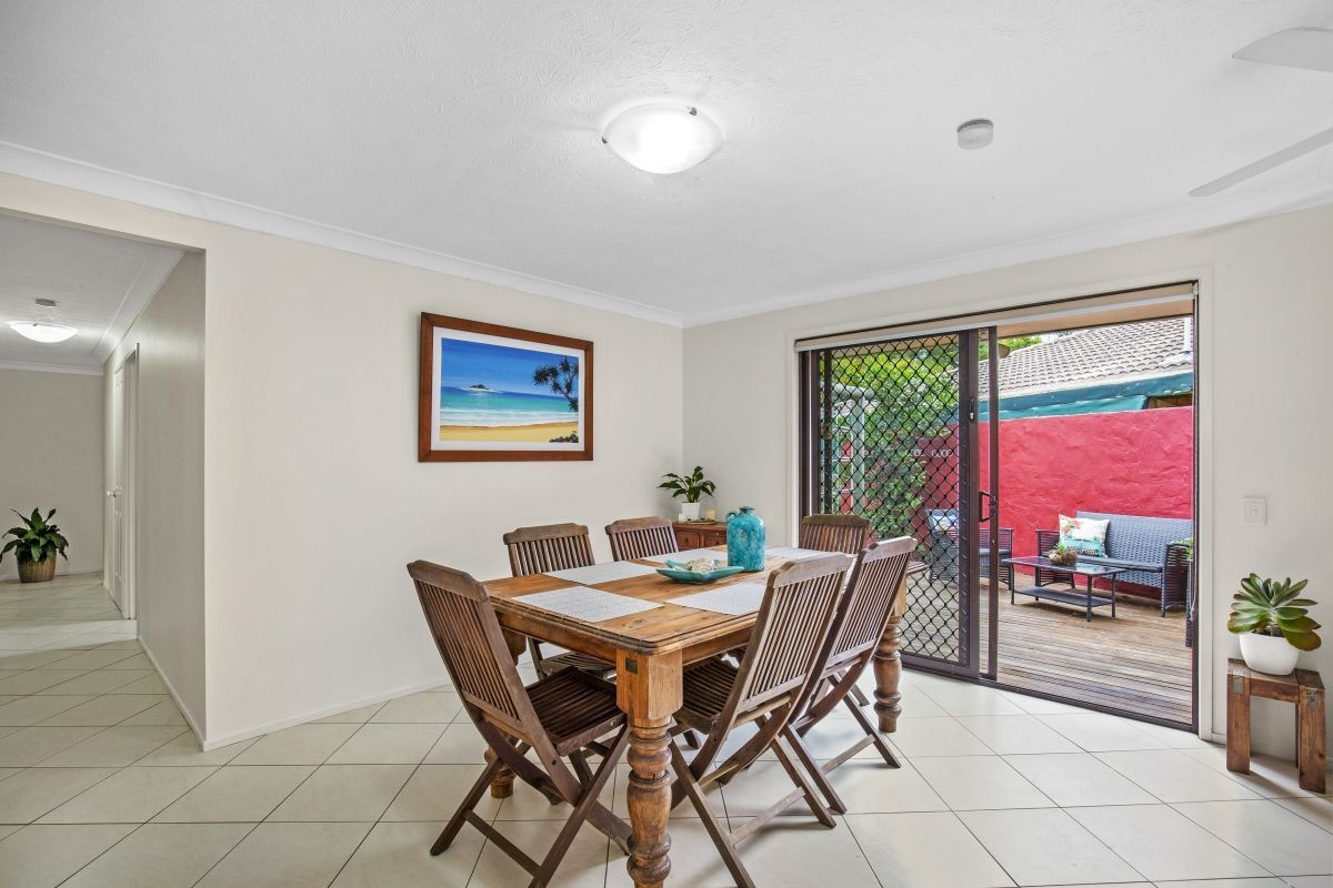 5 Cardona Court, Reedy Creek QLD 4227, Image 2