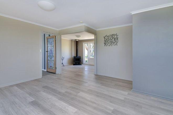 Picture of 227 Douglas Street, TENTERFIELD NSW 2372