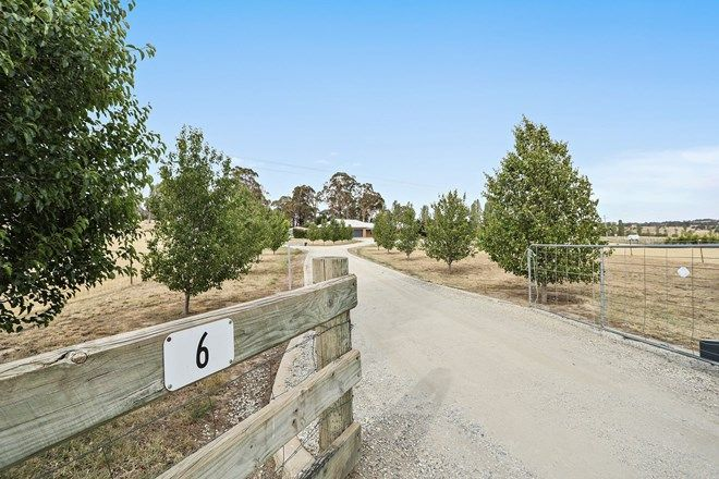 Picture of 6 Buesnel Lane, MILLTHORPE NSW 2798
