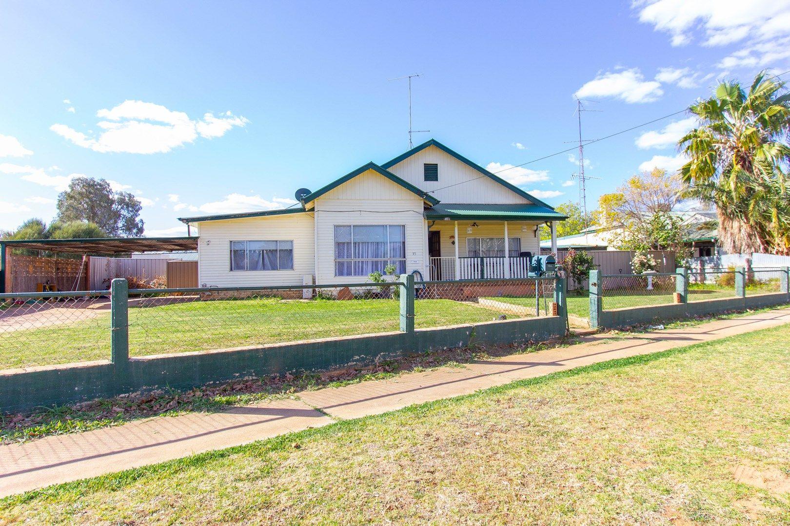35-37 Victoria  Avenue, Narrandera NSW 2700, Image 0