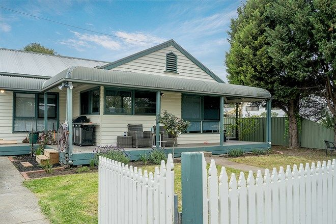 Picture of 1/21 Macmeikan Street, WHITTLESEA VIC 3757