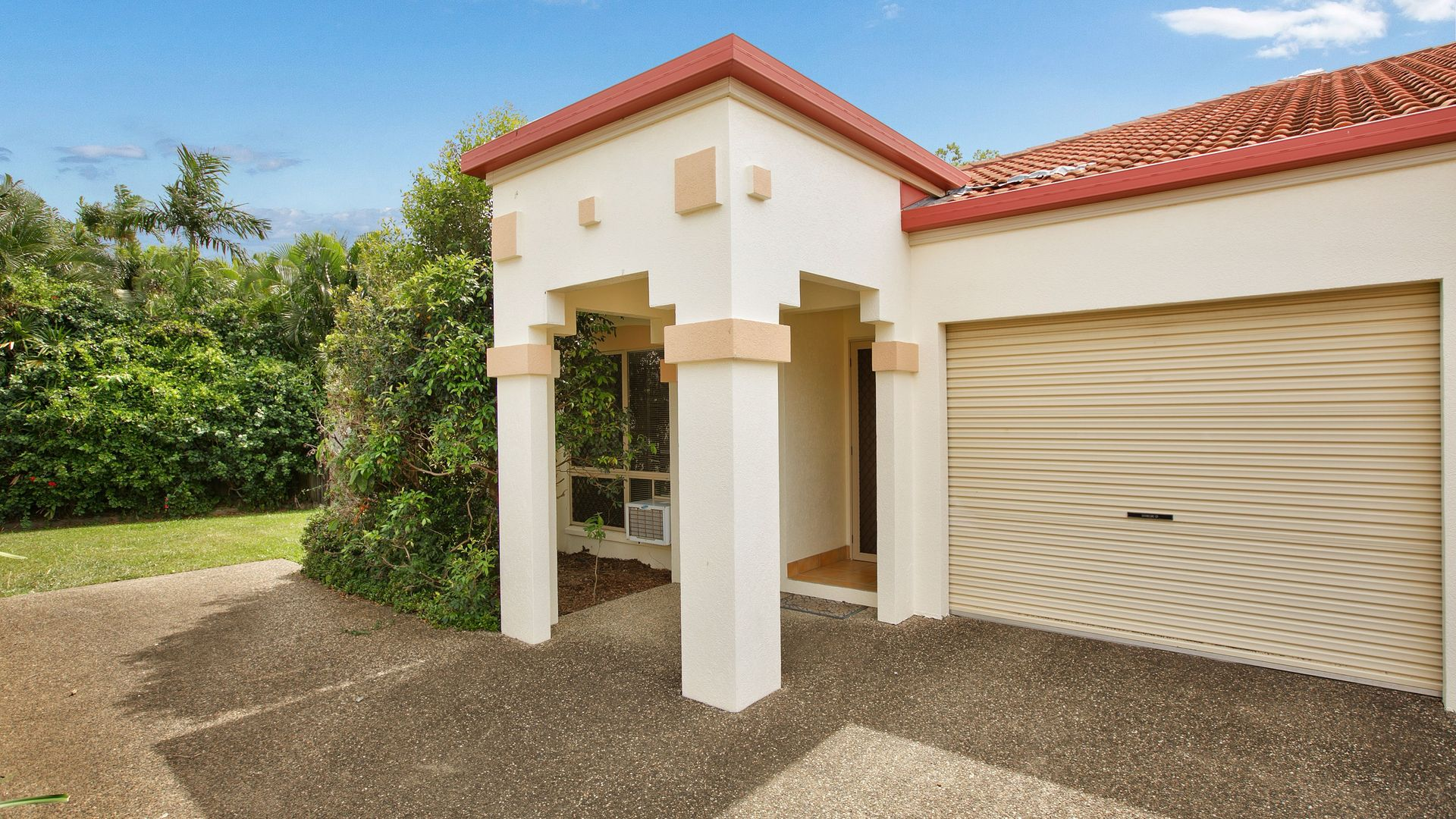 7/5-7 Oyster Court, Trinity Beach QLD 4879, Image 2