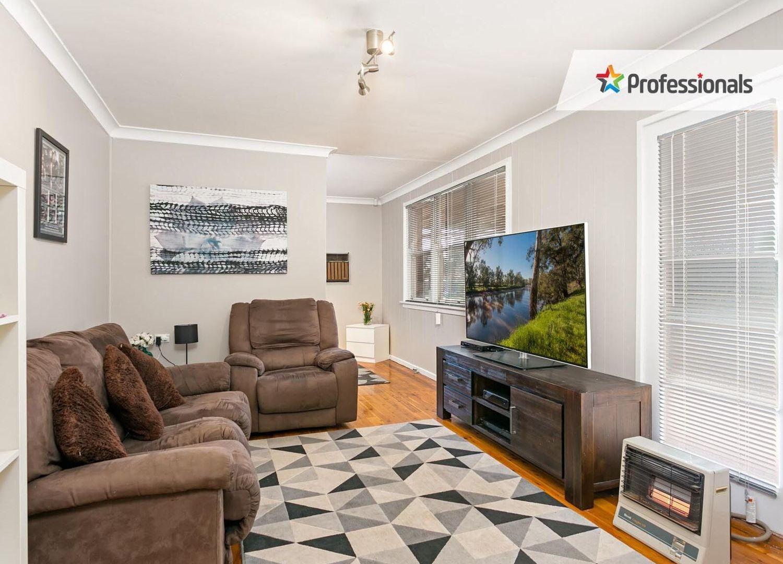 8 Tarakan Avenue, Ashmont NSW 2650, Image 2