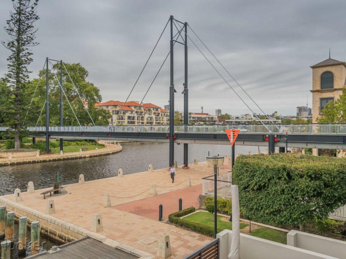 2/1 Henry Lawson Walk, East Perth WA 6004, Image 2