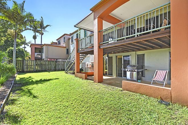 Picture of 59/20 Fairway Drive, CLEAR ISLAND WATERS QLD 4226