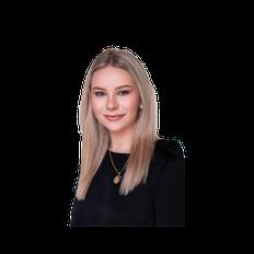 Chloe Bailey, Sales representative