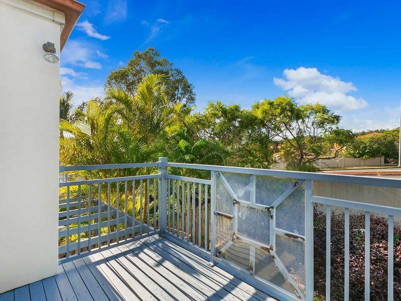 3/2 Studio Drive, Pacific Pines QLD 4211, Image 1