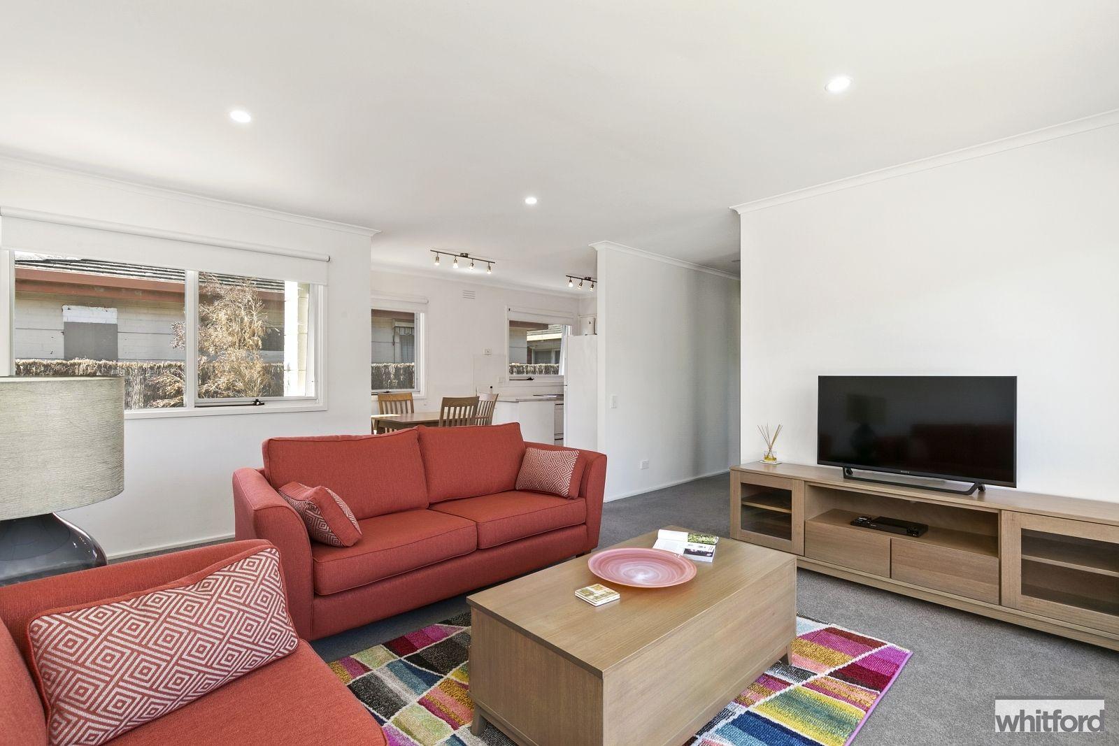 4 McMillan Avenue, Geelong VIC 3220, Image 2