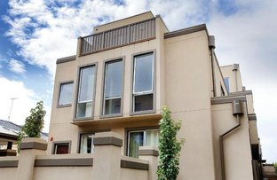 Picture of 9&10/17 Park Street, Hawthorn VIC 3122