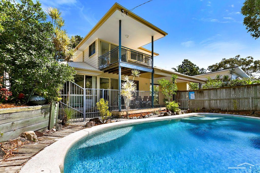 12 Viewland Drive, Noosa Heads QLD 4567, Image 0