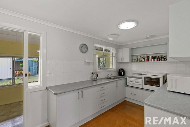 Picture of 14 Colyton Street, TORQUAY QLD 4655
