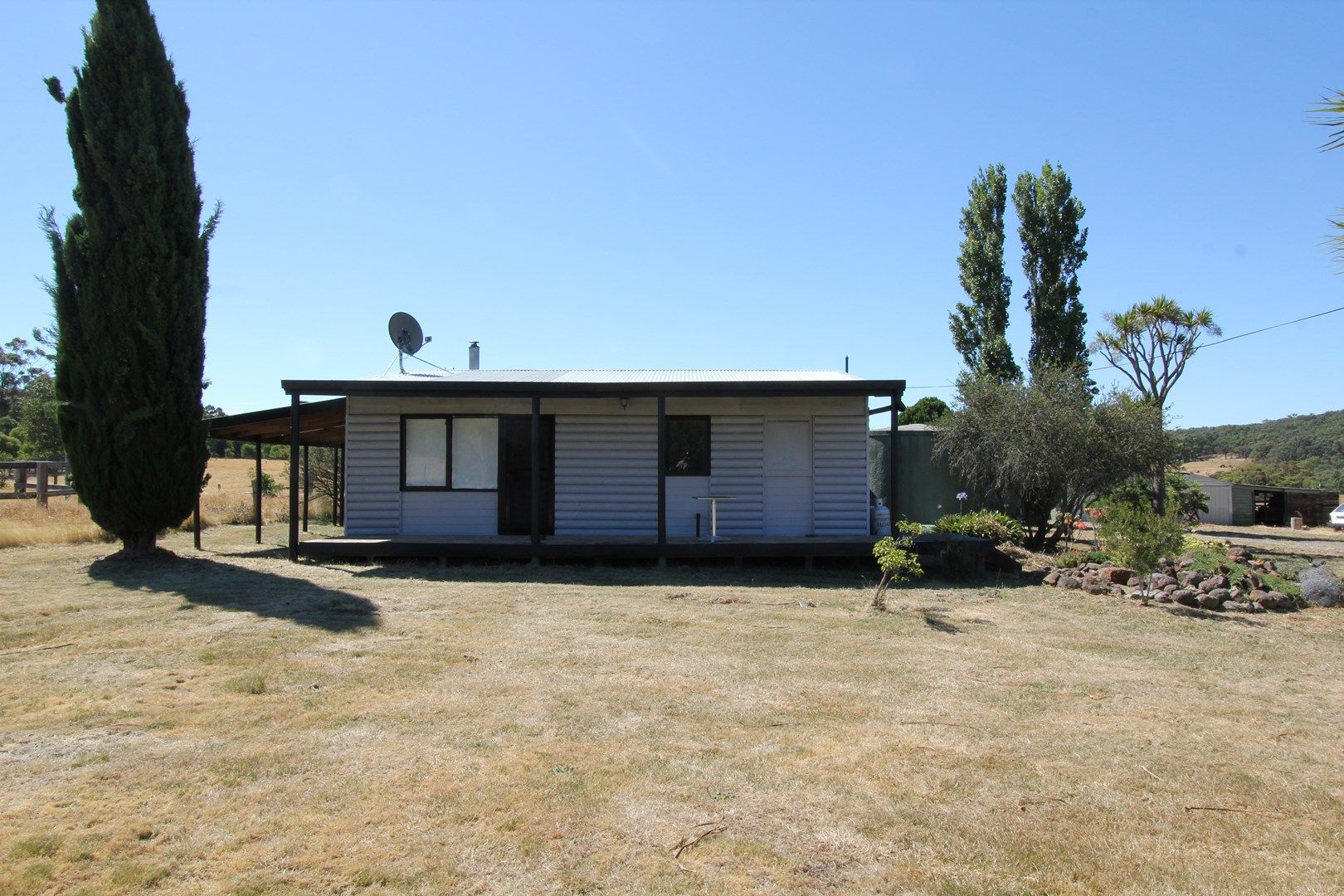 571 Linton-Piggoreet Road, Happy Valley VIC 3360, Image 0