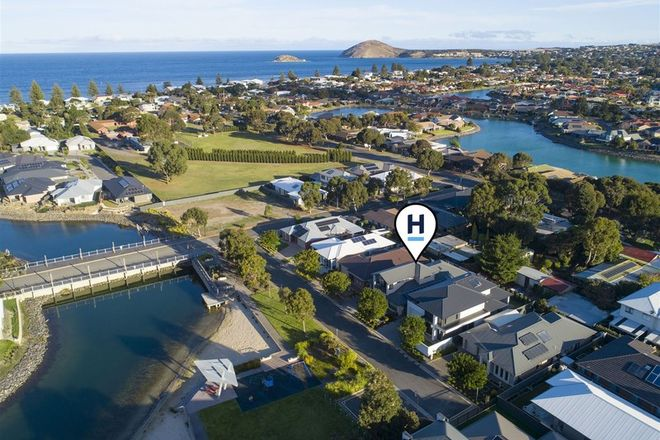 Picture of 8 Clifton Way, VICTOR HARBOR SA 5211