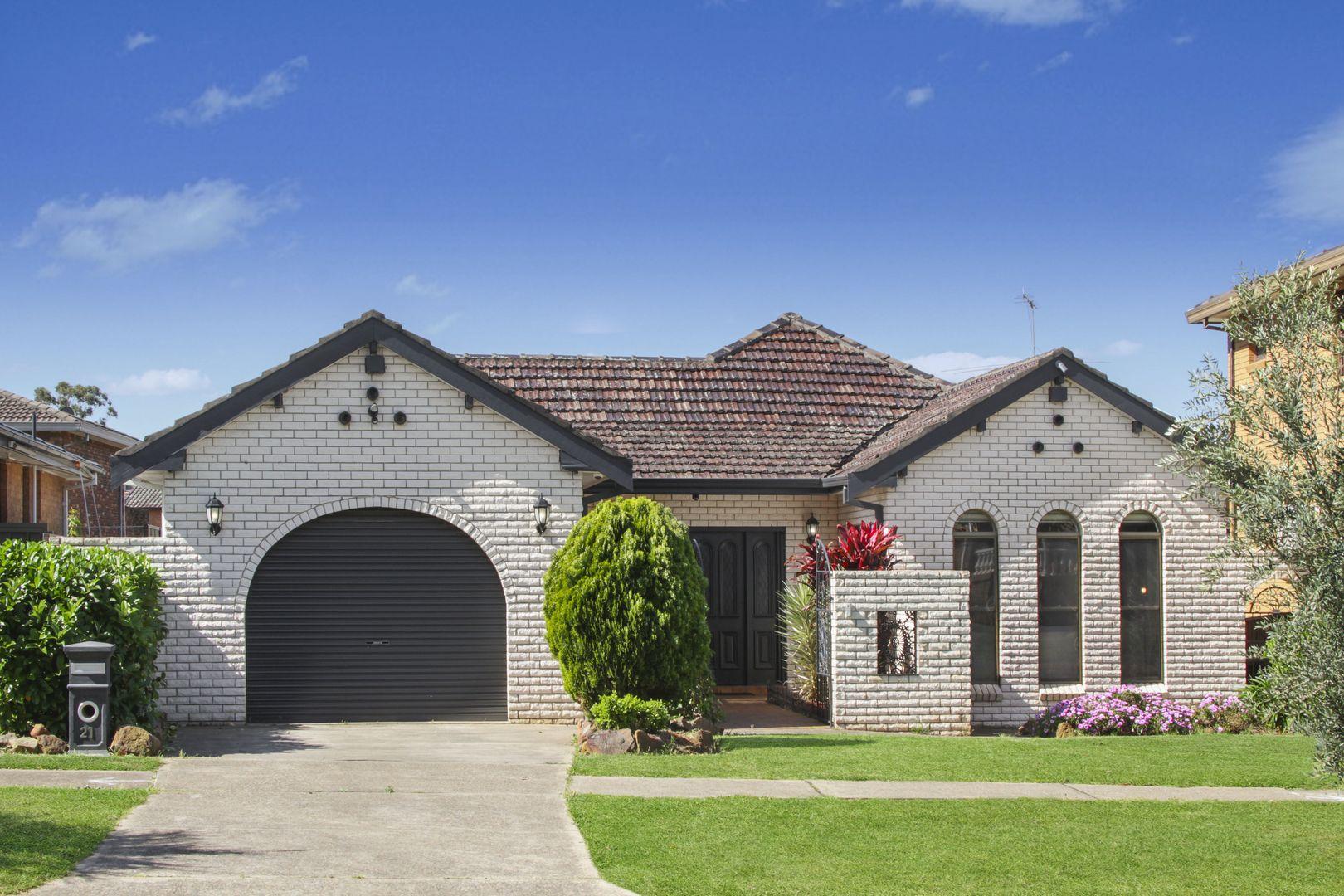 21 Power Street, Prairiewood NSW 2176, Image 0