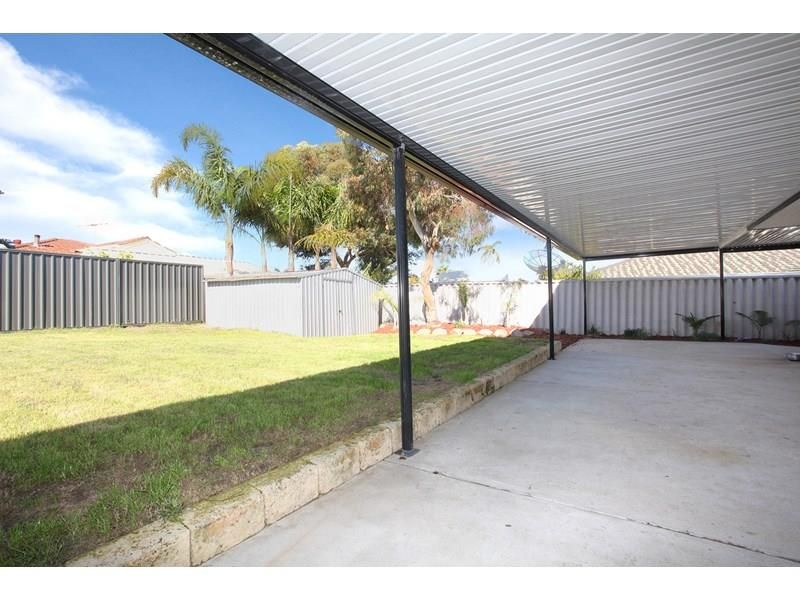 32 Willoughby Retreat, Clarkson WA 6030, Image 2