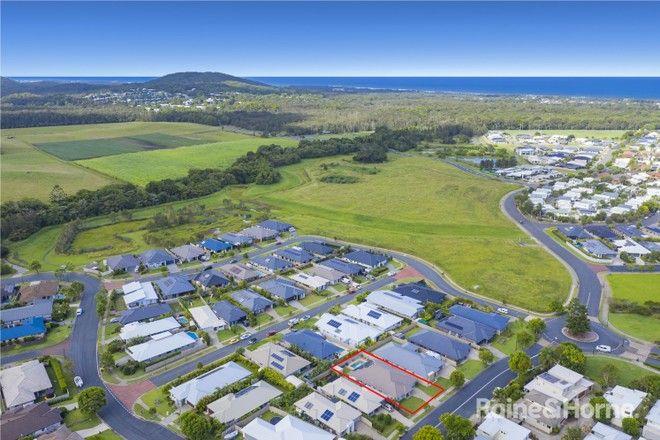 Picture of 113 Lennox Circuit, POTTSVILLE NSW 2489