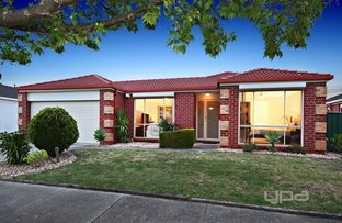 15 Roycroft Avenue, Burnside VIC 3023