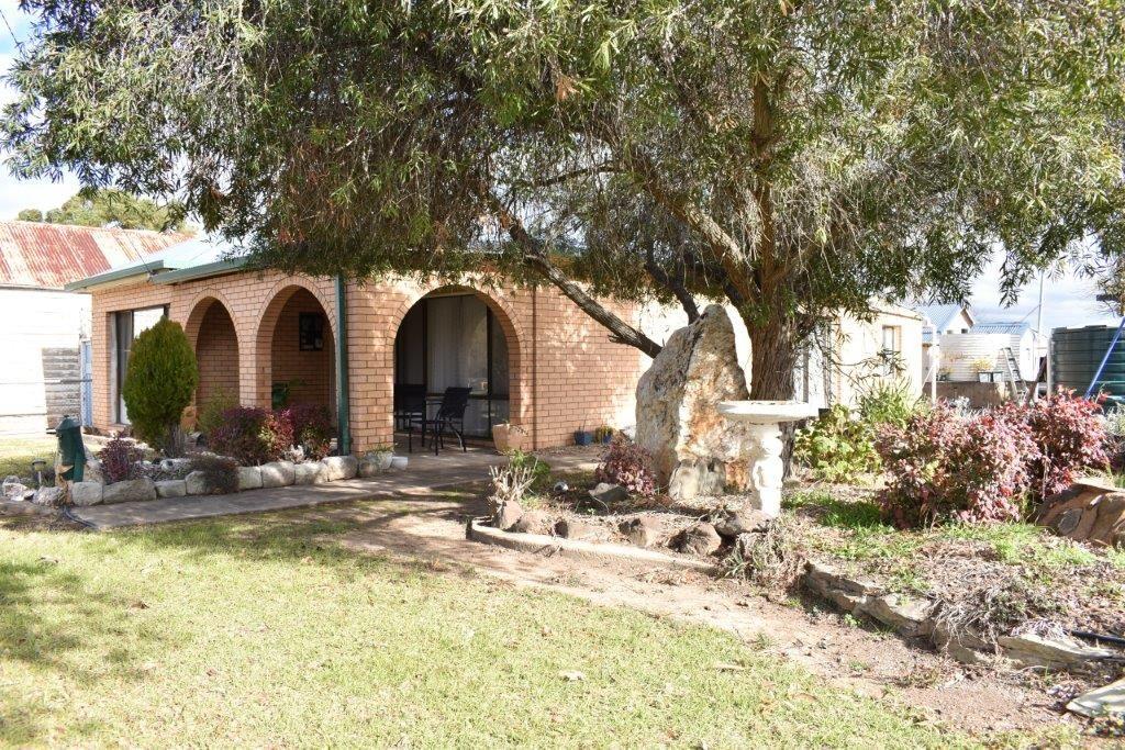 45 Molong Street, Stuart Town NSW 2820, Image 2