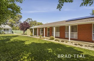 Picture of 25 Sunny Park Close, Gisborne VIC 3437