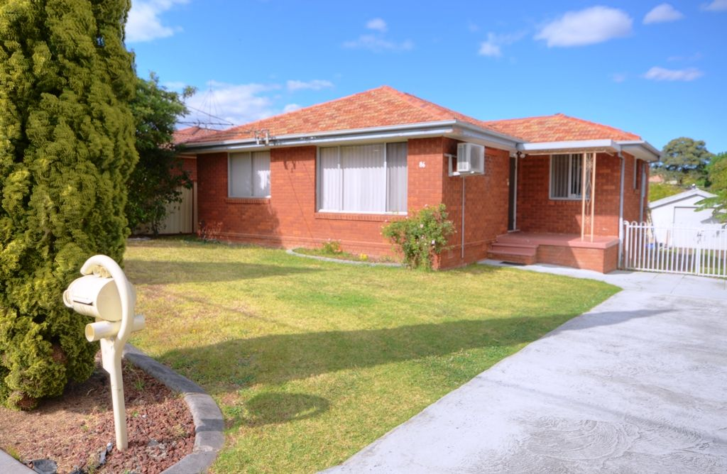86 Grantham  Road, Seven Hills NSW 2147, Image 0