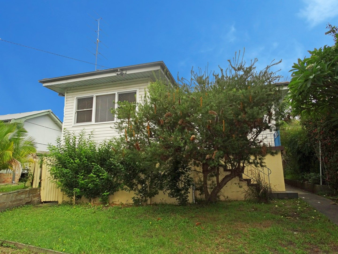 75 Brisbane Water Drive, Point Clare NSW 2250, Image 0