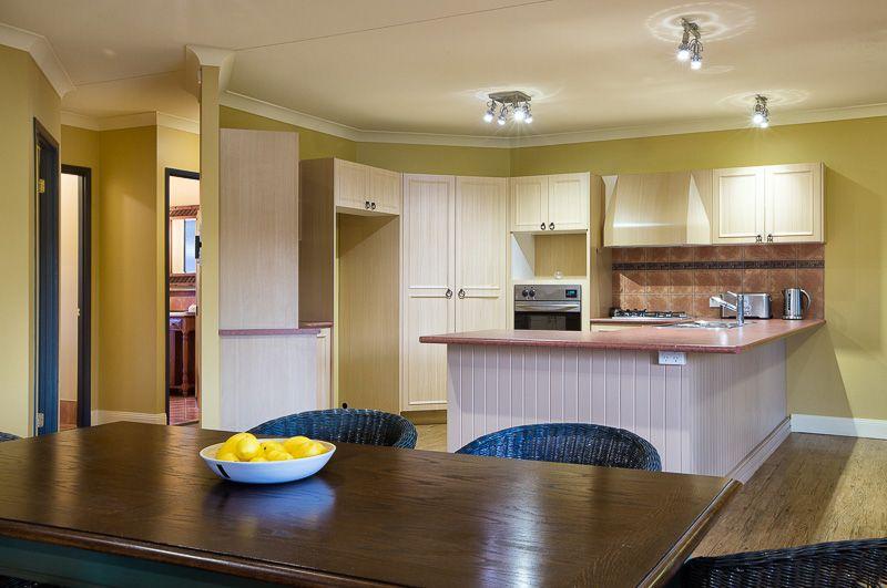 64 Derwent Place, Riverhills QLD 4074, Image 1